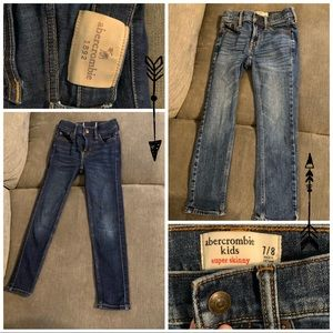 5 pairs of Boys Jeans Size 7/8